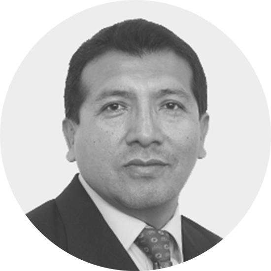 Dr. José César Ramos Saravia